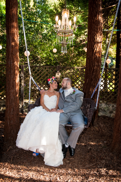bride groom swinging