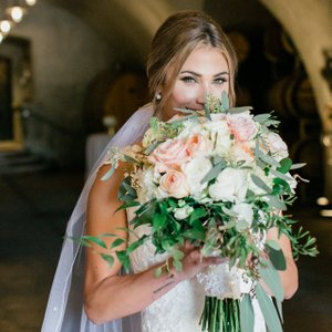 Offering Full Service Wedding Planning allows us to help you create and design. We hand select all your vendors, including the floral vendor for this wine country wedding. This stunning bouquet of burgundy, peach, and blush was created by Vanda Floral Design. Photo Credit: Jade turgel Photography