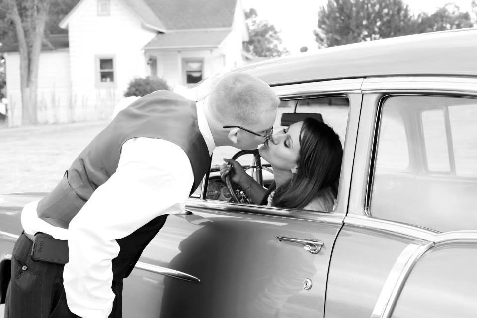 what does a wedding planner do, day of wedding planning, antique car wedding