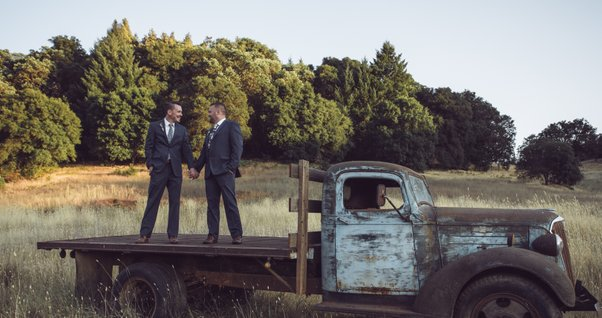 mountain house estate wedding, two grooms, gay wedding, sonoma county wedding, rustic wedding, wine country wedding, lgbtq wedding, rustic sunset photos